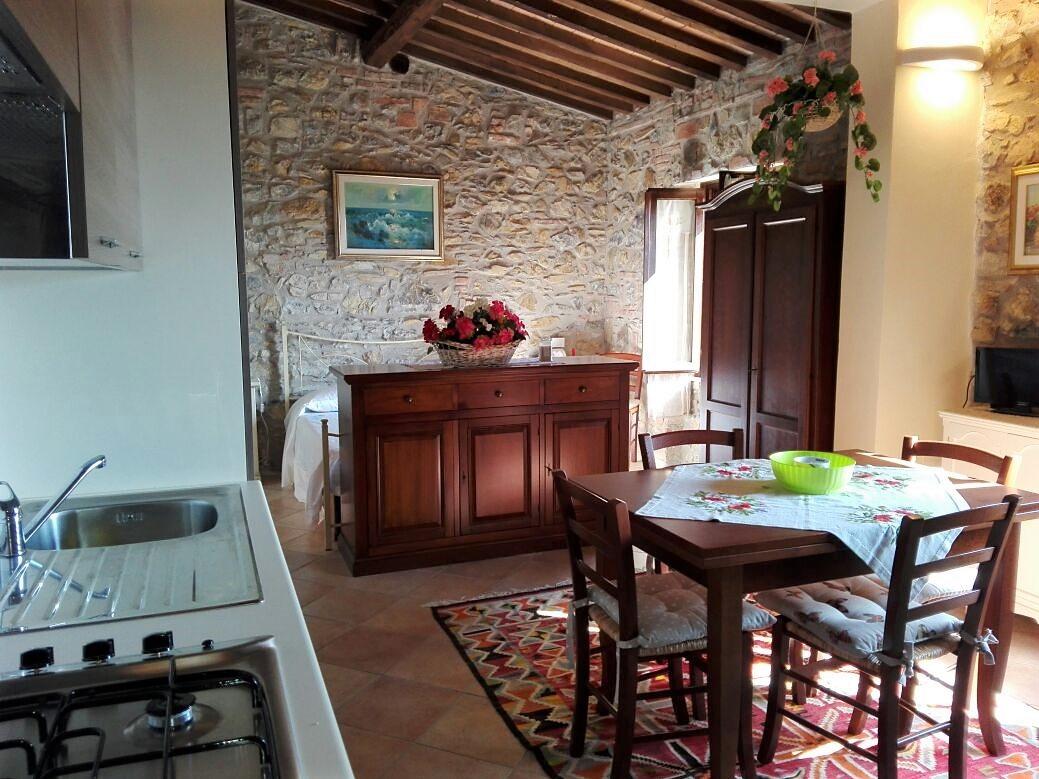 Delizioso appartamento in pietra